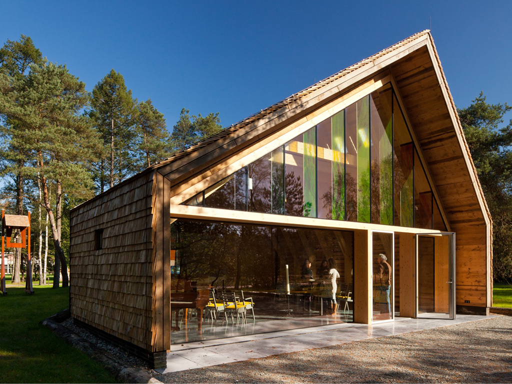 Archidat architectuur projecten doopsgezind kerkje type architecten - Huis architect hout ...